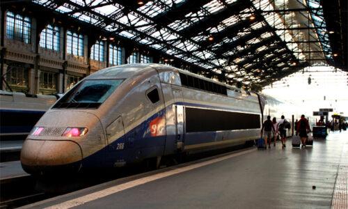 フランス国鉄で全列車Wi-Fi完備?